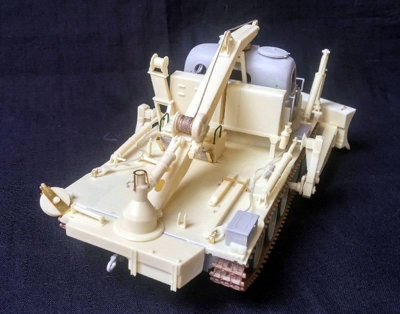 Chaffee Garage Kit Hillda R 1//12 Unpainted Resin Figure Model AFV M24 Valkyrie