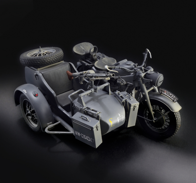 534 pieces 1:6 Scale Vespa 125 Scooter Technical Brick Model